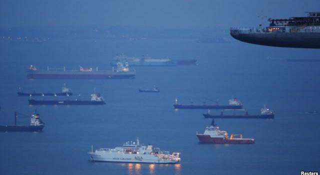 Bộ trưởng Quốc phòng Singapore: Hãy cấp tốc tháo ngòi nổ chiến tranh ở Biển Đông