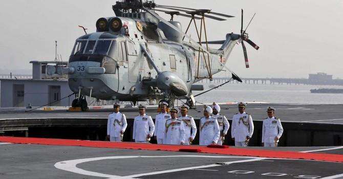 Ấn Độ đem tàu chiến tới Biển Đông tập trận với 5 nước Đông Nam Á