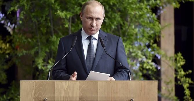 """Tổng thống Putin tuyên bố """"dứt tình"""" với G7"""
