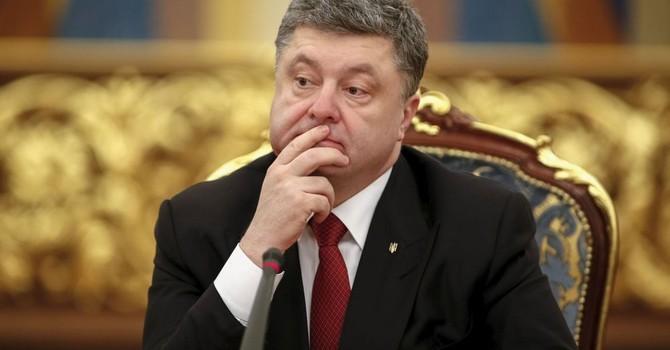 Tổng thống Poroshenko cho phép đưa quân nước ngoài vào Ukraine