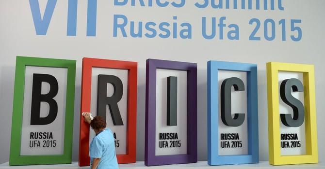 Ông Putin đang đối mặt với những thách thức chính trị nào?