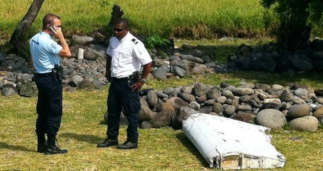Tìm thấy mảnh vỡ mới nghi của MH370