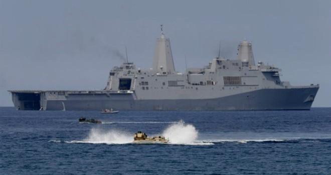 """Trung Quốc tố ngược Mỹ """"quân sự hóa"""" Biển Đông"""