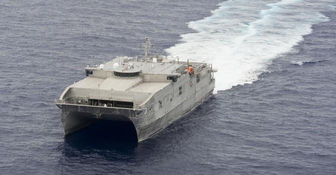 Mỹ phái tàu vận tải cao tốc tối tân nhất đến Việt Nam