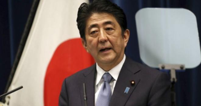 """Thủ tướng Nhật """"đau buồn"""" về Thế chiến II, nhưng không xin lỗi"""