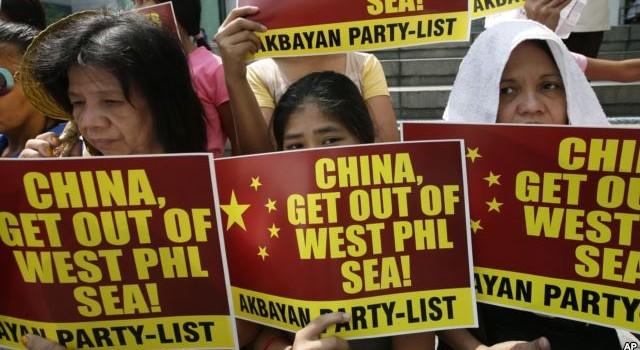 """Philippines tuyên bố """"không nao núng"""" ở Biển Đông"""