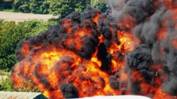 Công bố tên các nạn nhân vụ đâm phi cơ ở Anh