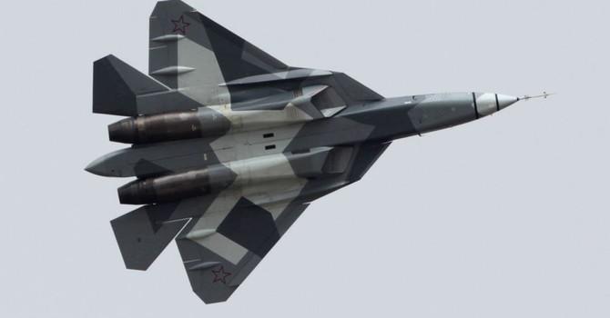 Chiến đấu cơ T-50 trở thành ngôi sao tại Triển lãm MAKS-2015?