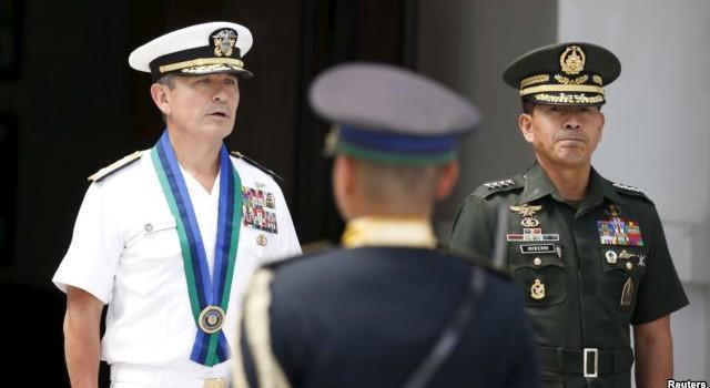 Philippines nhờ Mỹ giám sát Biển Đông