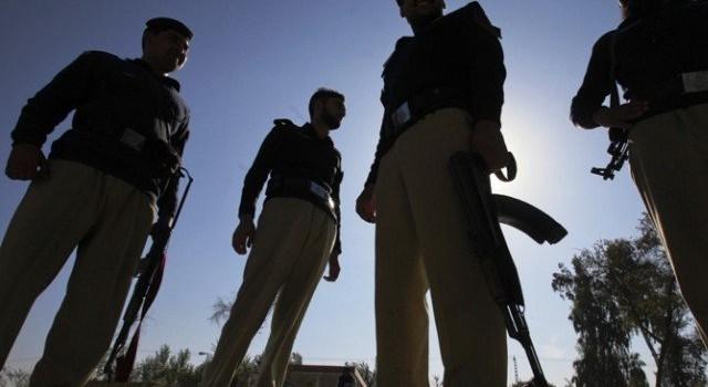 Chiến binh tấn công sân bay trong hành lang kinh tế Trung Quốc-Pakistan