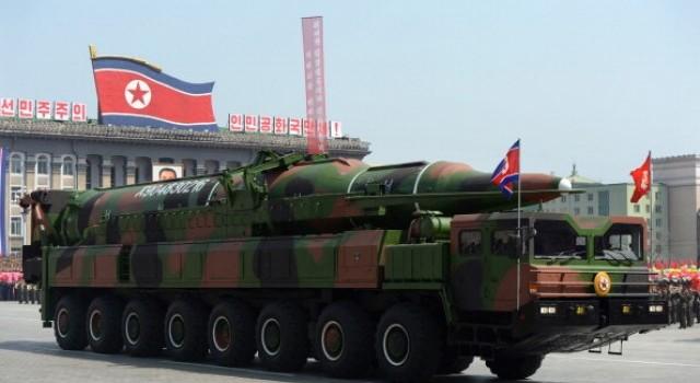"""""""Răn đe hạt nhân"""", chiêu kinh doanh công nghệ của Triều Tiên?"""