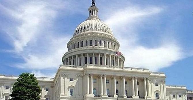 Nghị sĩ Hoa Kỳ lên án Trung Quốc khiêu khích phi cơ Mỹ