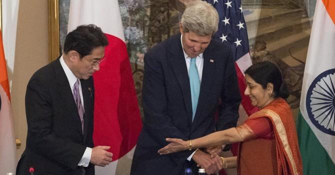 """Mỹ-Ấn-Nhật kêu gọi bảo vệ quyền tự do trên biển """"kể cả ở Biển Đông"""""""