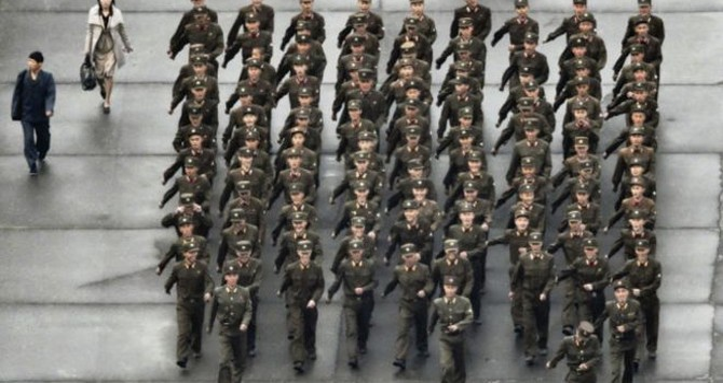 Triều Tiên tổ chức duyệt binh lớn để khoe vũ khí mới