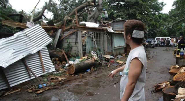 Cơn bão khủng khiếp Koppu ập vào Philippines