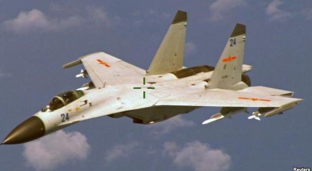 """Mỹ và Trung Quốc """"thoả thuận"""" để tránh va chạm trên không phận Biển Đông?"""