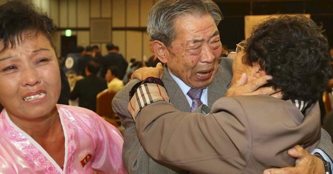 Hàn Quốc: Hàng trăm người chấn thương tâm lý sau hội ngộ thân nhân