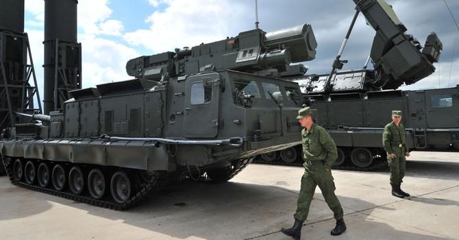 Sợ trộm máy bay, Nga đưa hệ thống tên lửa phòng không tới Syria