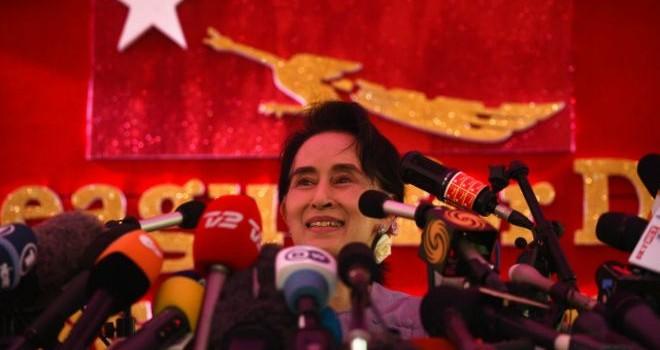 Bà Aung San Suu Kyi vừa lỡ lời nói gì?