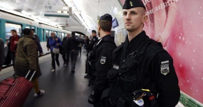 Pháp kêu gọi EU 'thức tỉnh' trước khủng bố
