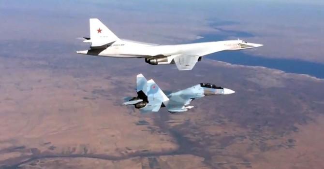 """Truyền hình Mỹ """"đạo"""" video Nga không kích cơ sở khủng bố ở Syria"""