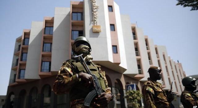 Mali bắt giữ 2 nghi can trong vụ tấn công khách sạn
