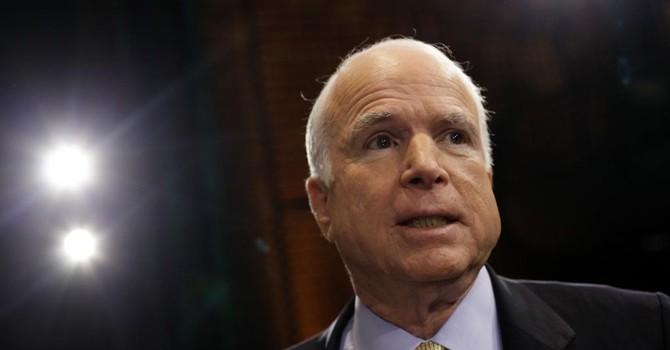 Ông McCain đề xuất Mỹ đưa 100 nghìn quân tấn công trên bộ IS
