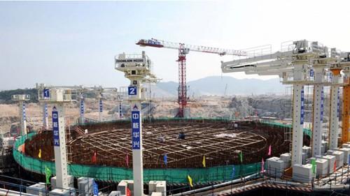 Trung Quốc sẽ có 110 lò phản ứng hạt nhân vào 2030