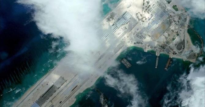 Chuyên gia Úc: Bắc Kinh sẽ thống trị Biển Đông nhờ 4 đường băng trên đảo nhân tạo