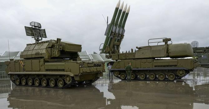 Mỹ chấm dứt bay ở miền bắc Syria vì sợ tên lửa Buk?