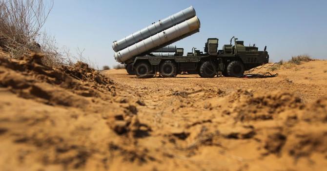 """Nga """"tặng không"""" cho Kazakhstan các hệ thống tên lửa S-300"""