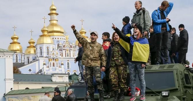 Người dân Ukraine không hy vọng tình hình sẽ tốt hơn trong 2016