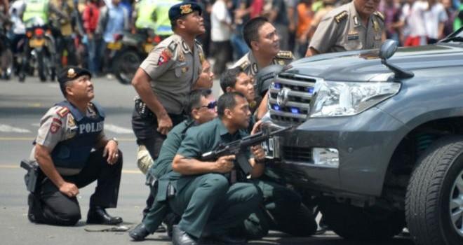 Nổ chết người ở trung tâm Jakarta, gần Đại sứ quán Việt Nam