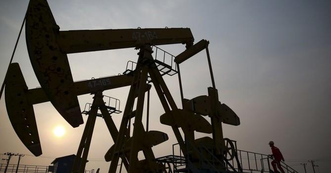 Các tác động tiềm ẩn của giá dầu thấp