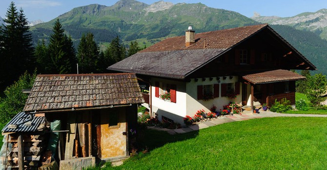 Thụy Sĩ: Người dân nghĩ gì về đề xuất không cần làm việc vẫn có thể nhận 2.250 euro mỗi tháng