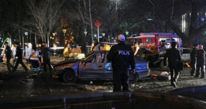 Nổi đóa vì các cuộc tấn công tự sát, Tổng thống Thổ thề 'đánh bại khủng bố'