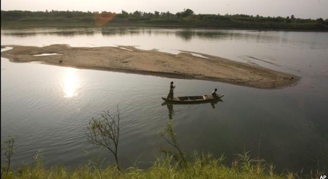 Vì sao Thái Lan hút nước từ sông Mekong vào sông Huai Luang?