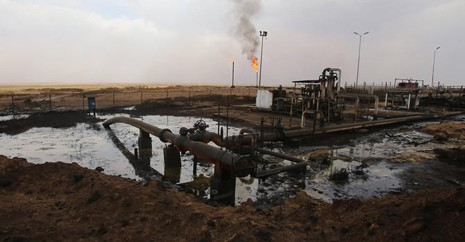 """""""Nhà nước Hồi giáo"""" xuất dầu mỏ với giá chỉ 12 USD một thùng"""