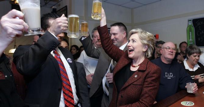 Giá nào cho một bữa ăn tối với bà Hillary?