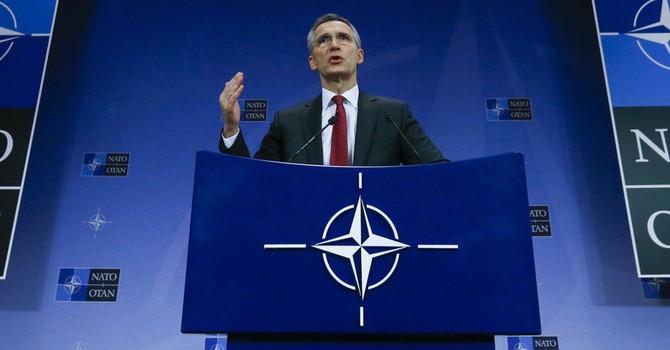 """Đưa ra """"mối đe dọa Nga"""" chỉ là cái cớ để NATO triển khai vũ khí sát nách Nga"""