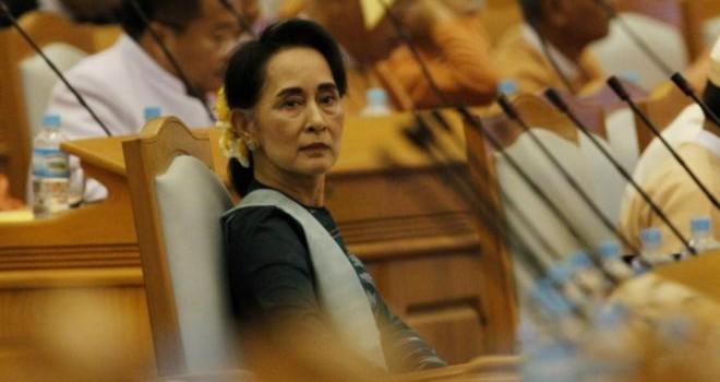 Bà Suu Kyi 'quyền như thủ tướng'