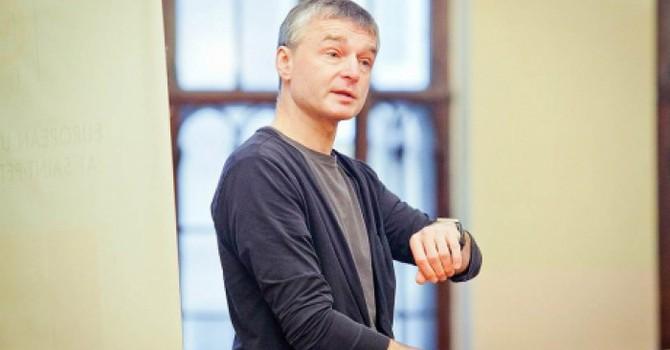 Nhà báo tên tuổi của Nga 'bị đâm chết'