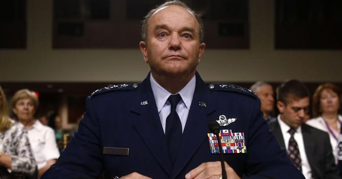 """Tổng tư lệnh NATO Châu Âu: """"Ông Putin đã tạo dựng một quân đội hùng mạnh"""""""