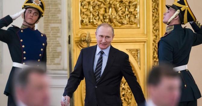 """Đề phòng bất trắc, Tổng thống Nga thành lập """"lực lượng ngự lâm quân"""""""