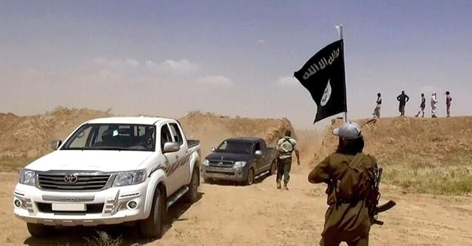 Chiến binh IS phá hủy di tích Cổng Trời Mosul ở Iraq