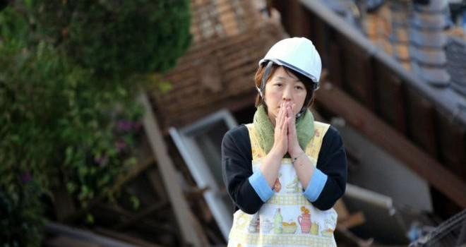 Cứu hộ sau trận động đất mới ở Nhật