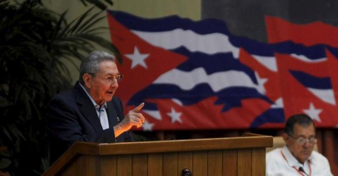 """Cuba: Không dùng """"liều thuốc mạnh"""" để hiện đại hóa kinh tế"""