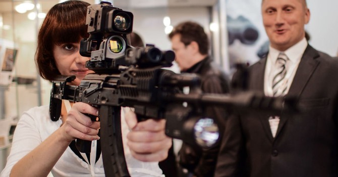 Tập đoàn súng máy Kalashnikov dự kiến tăng gấp đôi doanh số