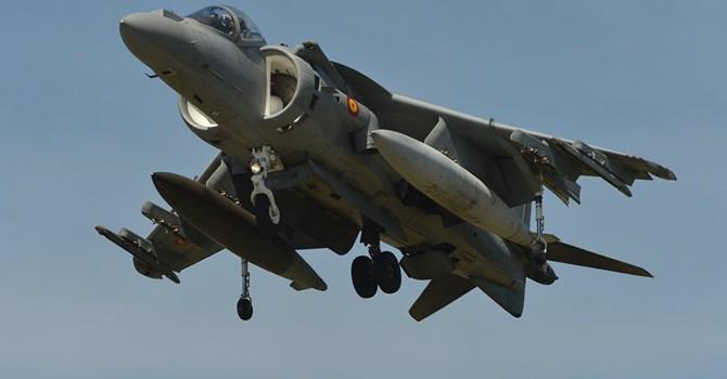 Máy bay cường kích của Mỹ rơi ở Đại Tây Dương