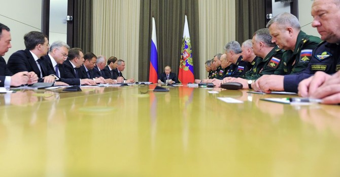 Ông Putin truy nguyên nhân Nga để vuột mất nhiều hợp đồng quốc phòng lớn